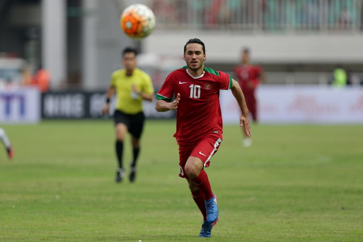 Ezra Walian Indonesia