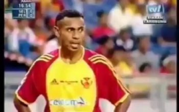 Elie Aiboy saat berseragam Selangor FA. ((Instagram@memoriligina).
