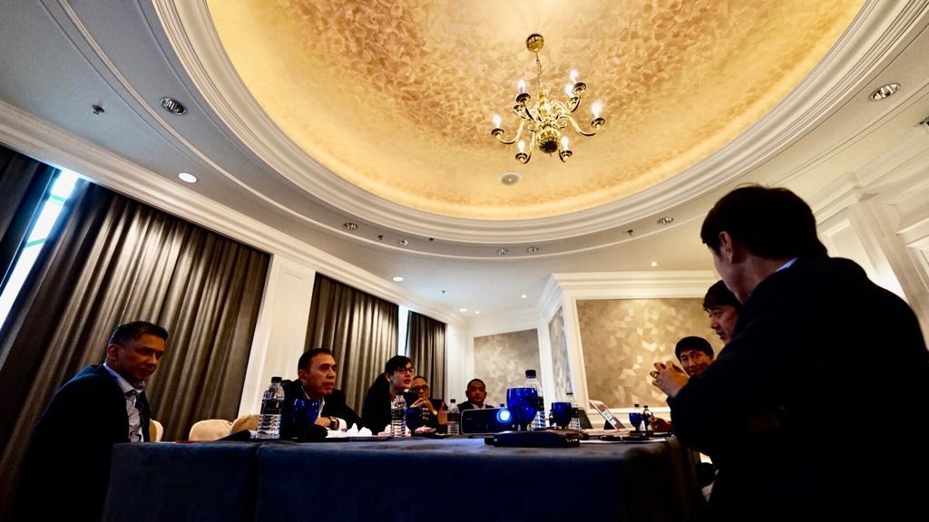 Shin Tae-yong temui PSSI di Kuala Lumpur, Malaysia, Selasa (19/11/2019). (Foto: PSSI).