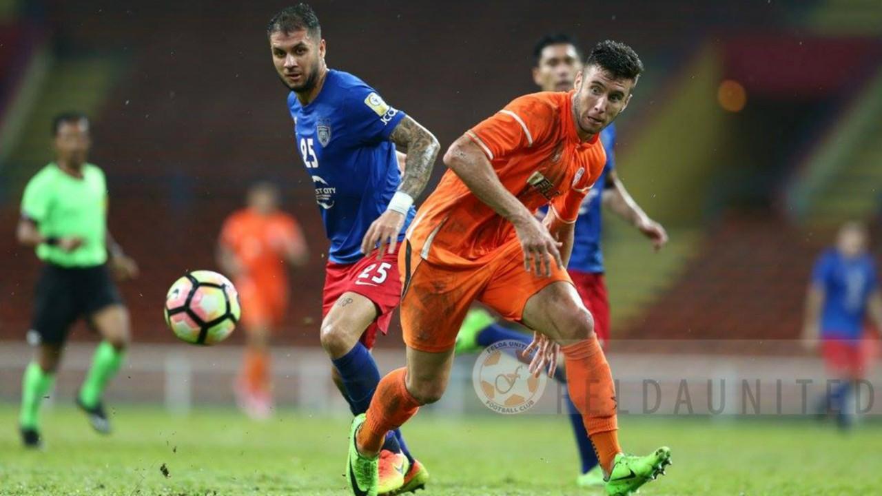 junior-eldstal-johor-darul-tazim-thiago-augusto-felda-united-super-league_jf4bth28xtd01smvud0lwckab