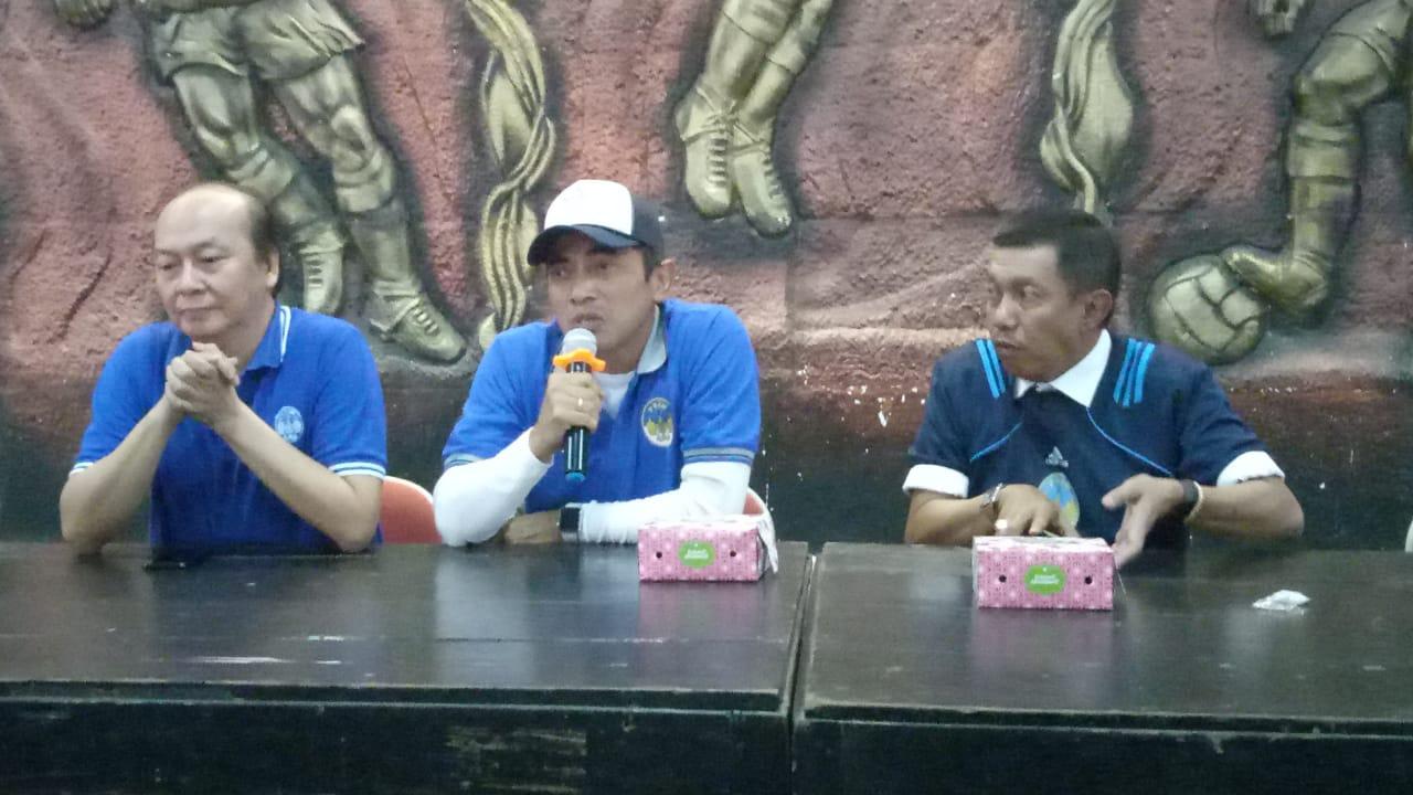 Seto Nurdiyantoro diperkenalkan sebagai pelatih baru PSIM Yogyakarta. (Istimewa).