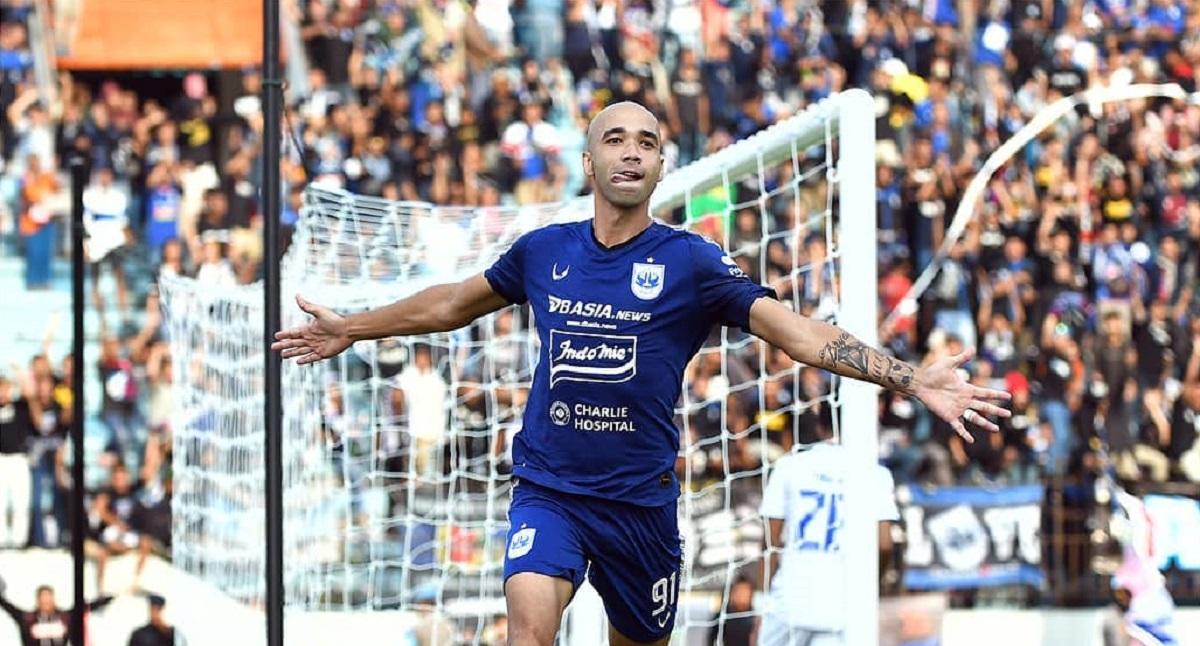 Striker PSIS Semarang, Bruno Silva.