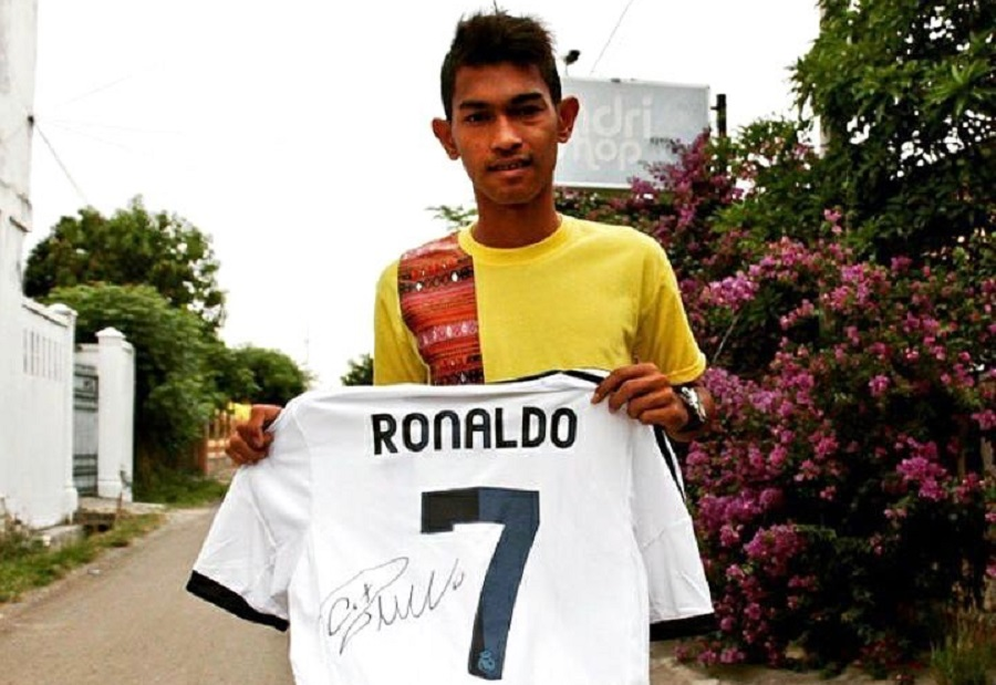 Anak angkat Cristiano Ronaldo asal Indonesia, Martunis.