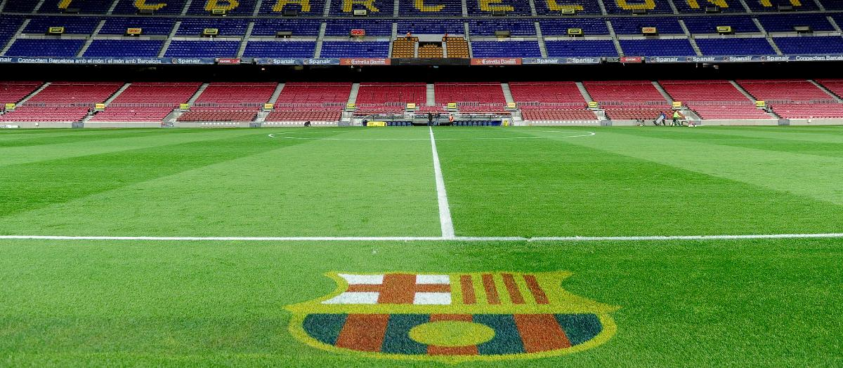 Camp-Nou-Grass