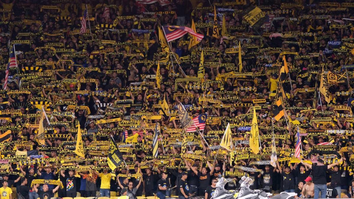 malaysia-fans-2018-aff-suzuki-cup_ku671zn72fqf1f5sefyl1dyaa
