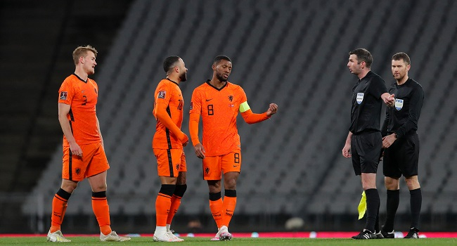 The-Netherlands-slumped-to-a-dramatic-4-2-loss-to-Turkey-in-Istanbul-in-their-opening-2022-World-Cup-qualifier-2